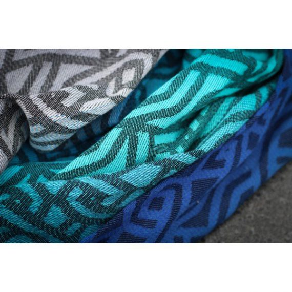 Yaro Ringsjal – Braid Aqua Grad Black Wool