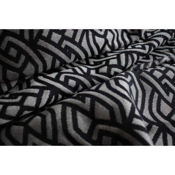 Yaro Braid Black Natural SeaCell